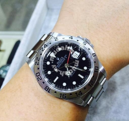 2009: Rolex Explorer II 16570 M Series (Year 2009)