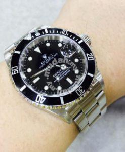 Rolex Submariner 16610 1